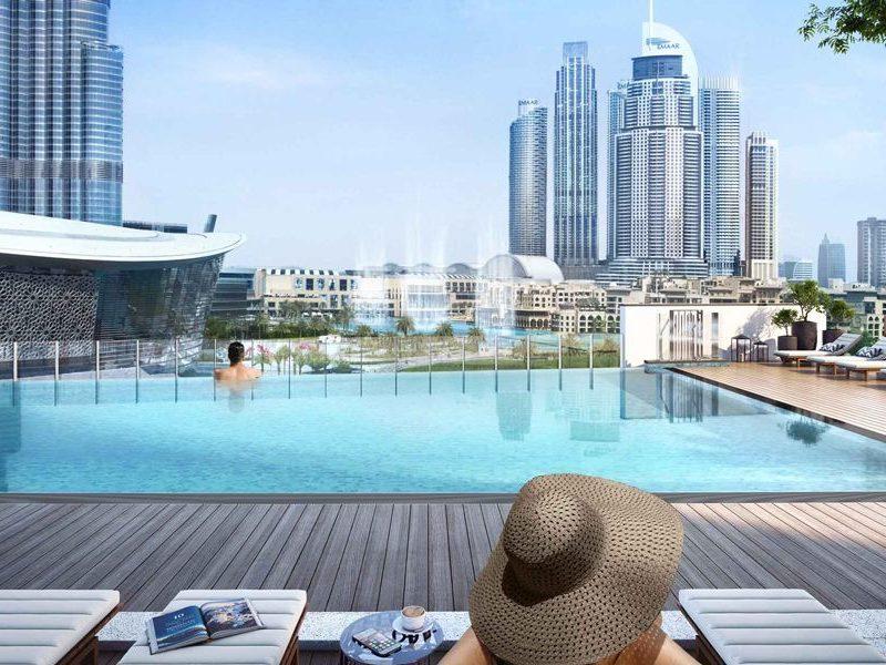 Dubai-Emaar-Grande-Apartments-Swimming-Pool