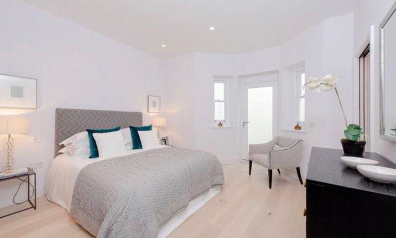 London-Property-Battersea-Park-Apartment-Bedroom-5