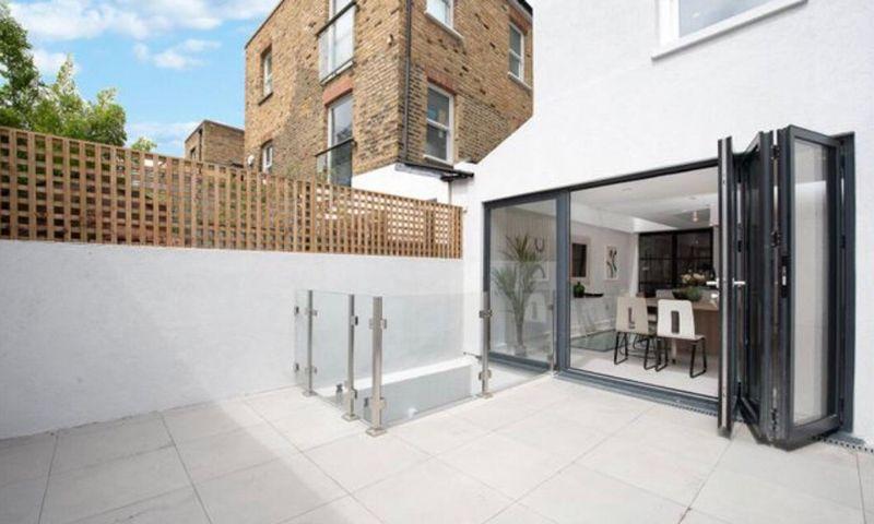 London-Property-Battersea-Park-Apartment-Terrace