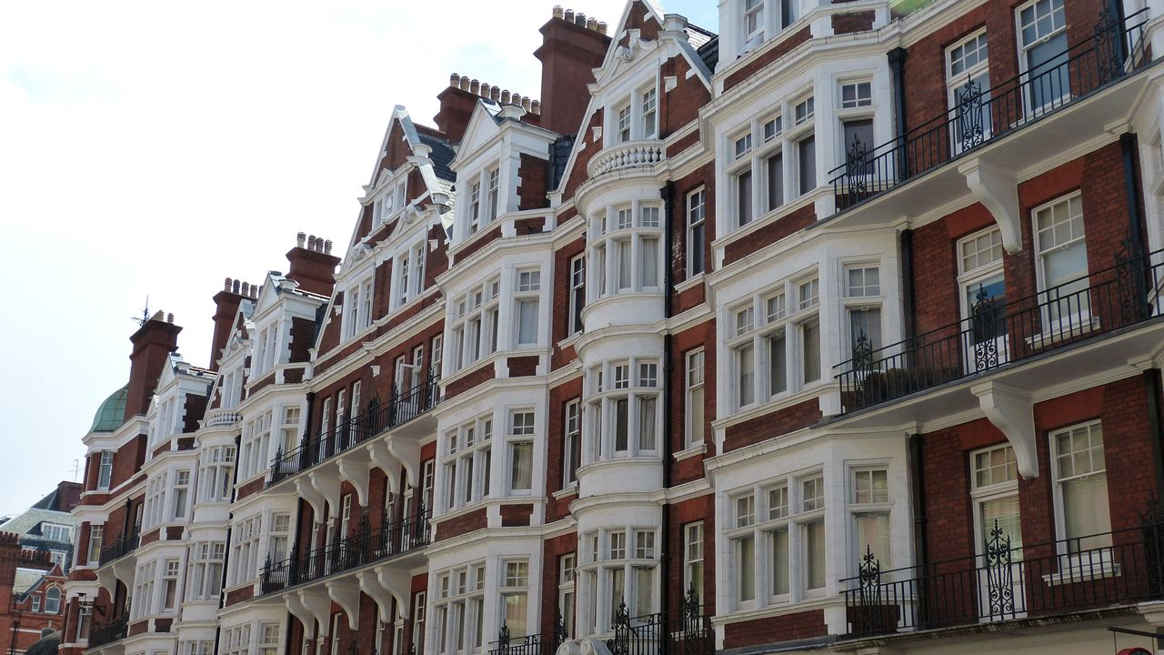 London Property Market Prices Increase